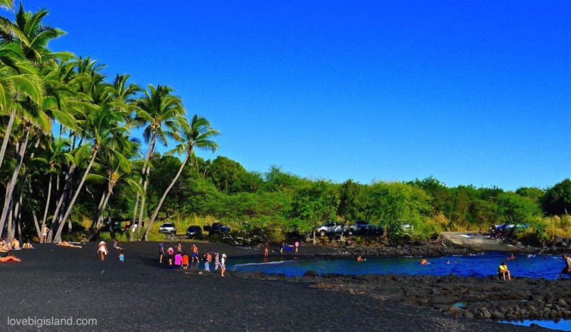 The best place for swimming it at the protected cove at the north-eastern side of the beach